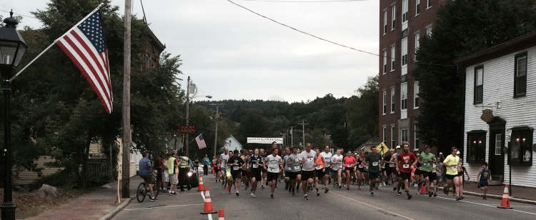 At the starting line, the 2015 OHD 5K Road Race! (Photo by Nancy McGinnis)